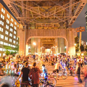 The Bike Rave – A Game Changer (With Glowsticks)