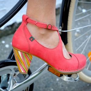 We Want to Walk a Mile in El Naturalista's Colorful Heels