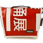 Totem T3 Messenger Bag