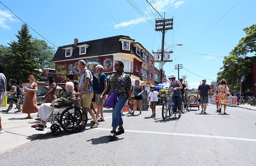 A Pedestrian Sunday in Kensington Market. Photo by Yvonne Bambrick