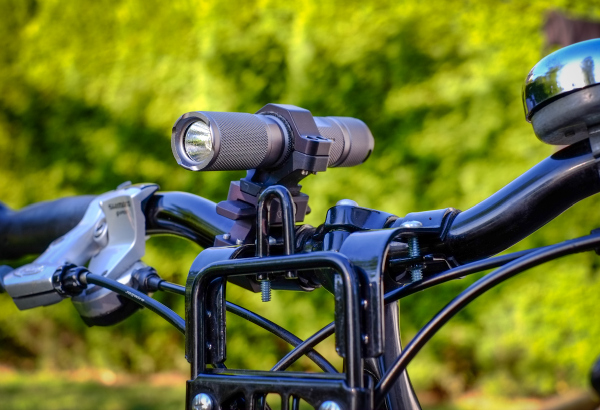Trail Rail 230 LM Single Light Handlebar Bike Light Review