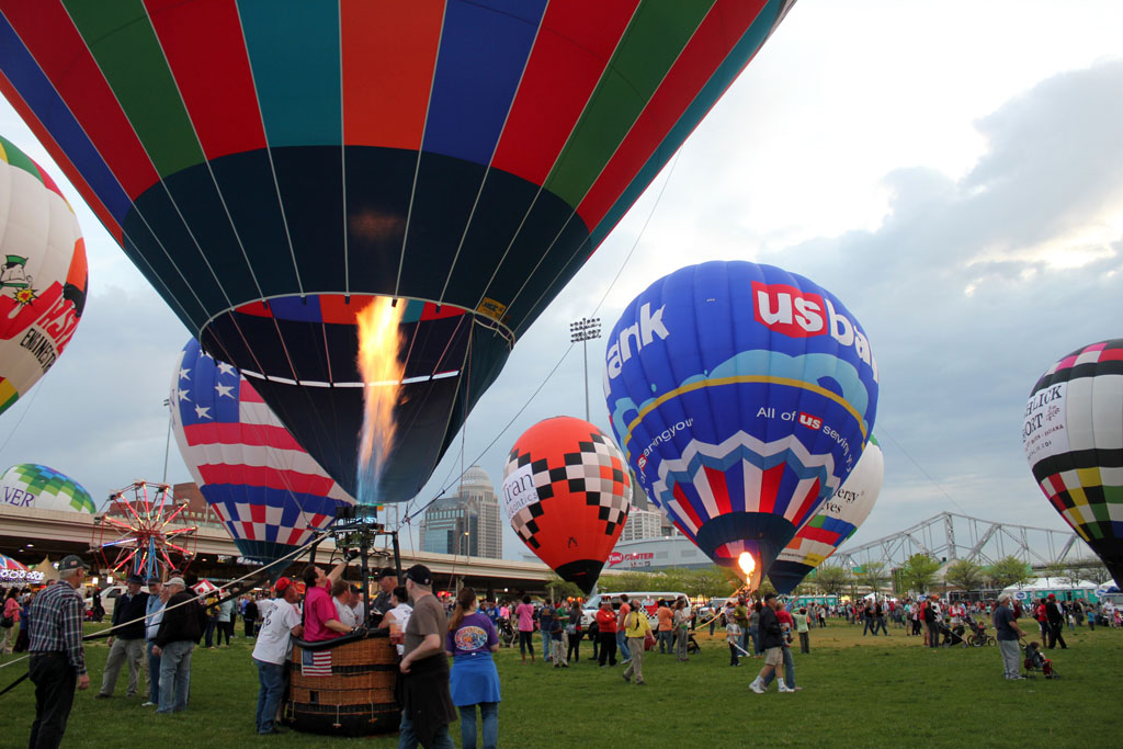 Part of the Kentucky Derby Festival, the Balloon Glimmer takes place a week and a half before the Kentucky Derby.