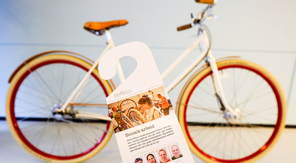 Each Roetz bike comes with information about the individuals behind the assembly and build date of your new bike. Photo by David Niddrie.