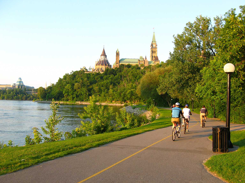 Bike Canada's Capital with Ottawa Cycling Tours