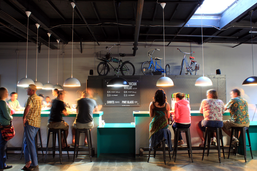 Great Bike-Friendly Cafés and Restaraunts