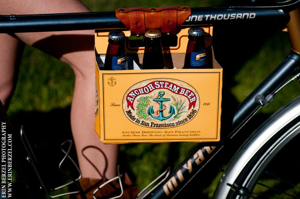 Carry Beverages by Bike With Style