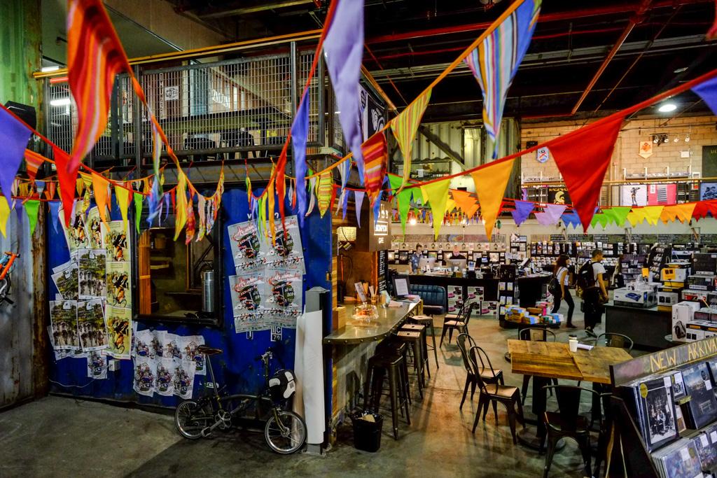 A Look Inside the Brompton Bike Café in Brooklyn