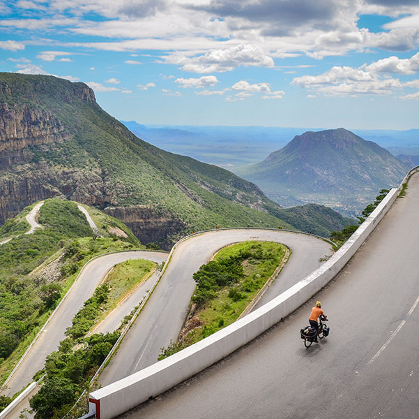 Cycling Adventures: 10 Steps to Becoming a Bicycle Traveler