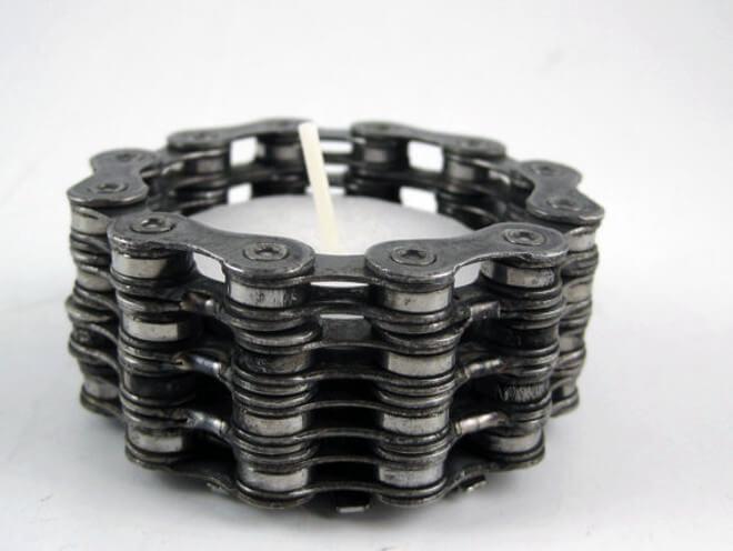Bike chain links turned into a tea light holder