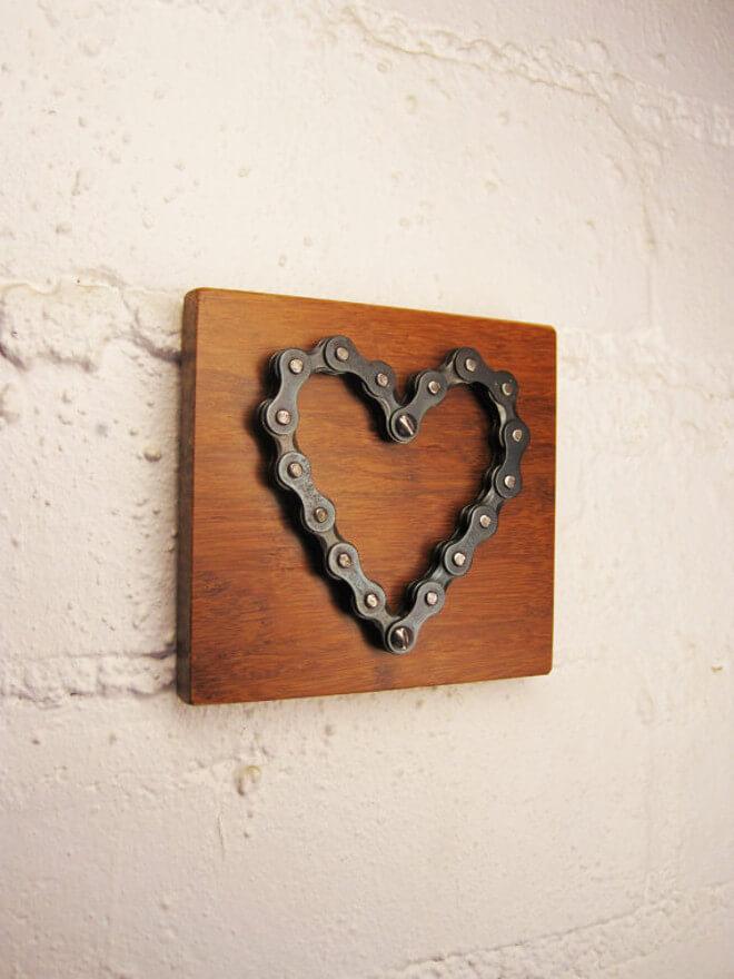Bike chain link mounted wall heart