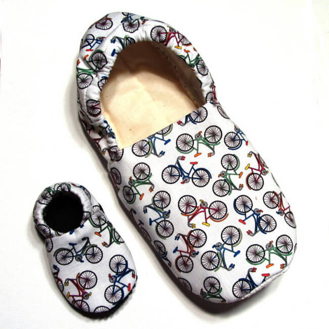 Slippers with Bicycle pattern