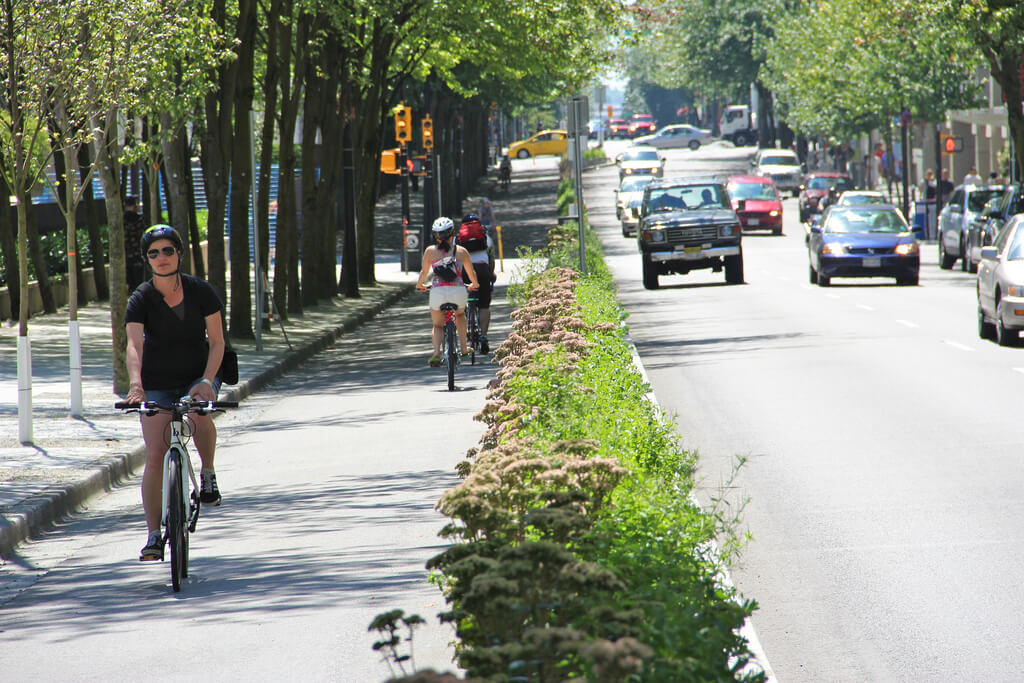 70% of US Mayors Would Prefer Bike Lanes Over More Parking or Car Lanes