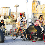 Explore Seattle By Bicycle