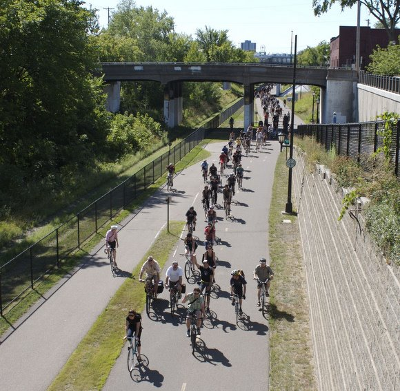 Explore Minneapolis By Bicycle Momentum Mag